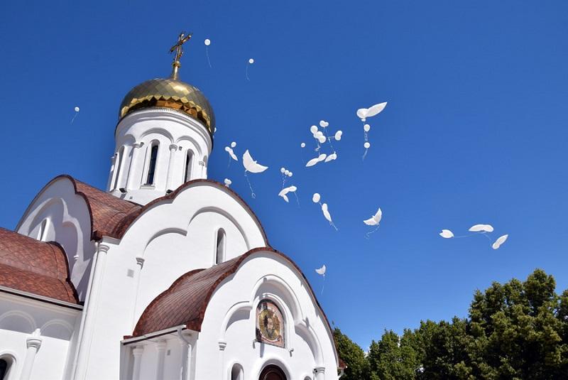 Тольяттинцев призывают воздержаться от посещения храмов