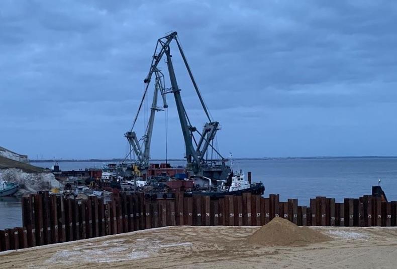 Дмитрий Азаров посетил площадку строительства моста через Волгу