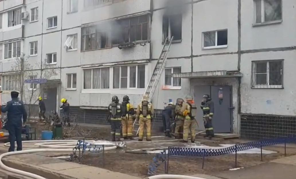В Тольятти из-за пожара в доме эвакуировали 25 человек