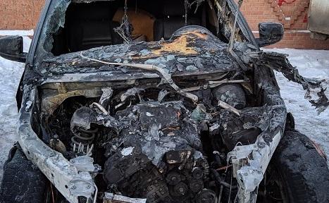 Снимали на камеру: Бандиты из Ульяновска сожгли тольяттинцу BMW