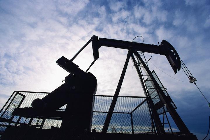 Цена на нефть марки WTI впервые опустилась до отрицательных значений