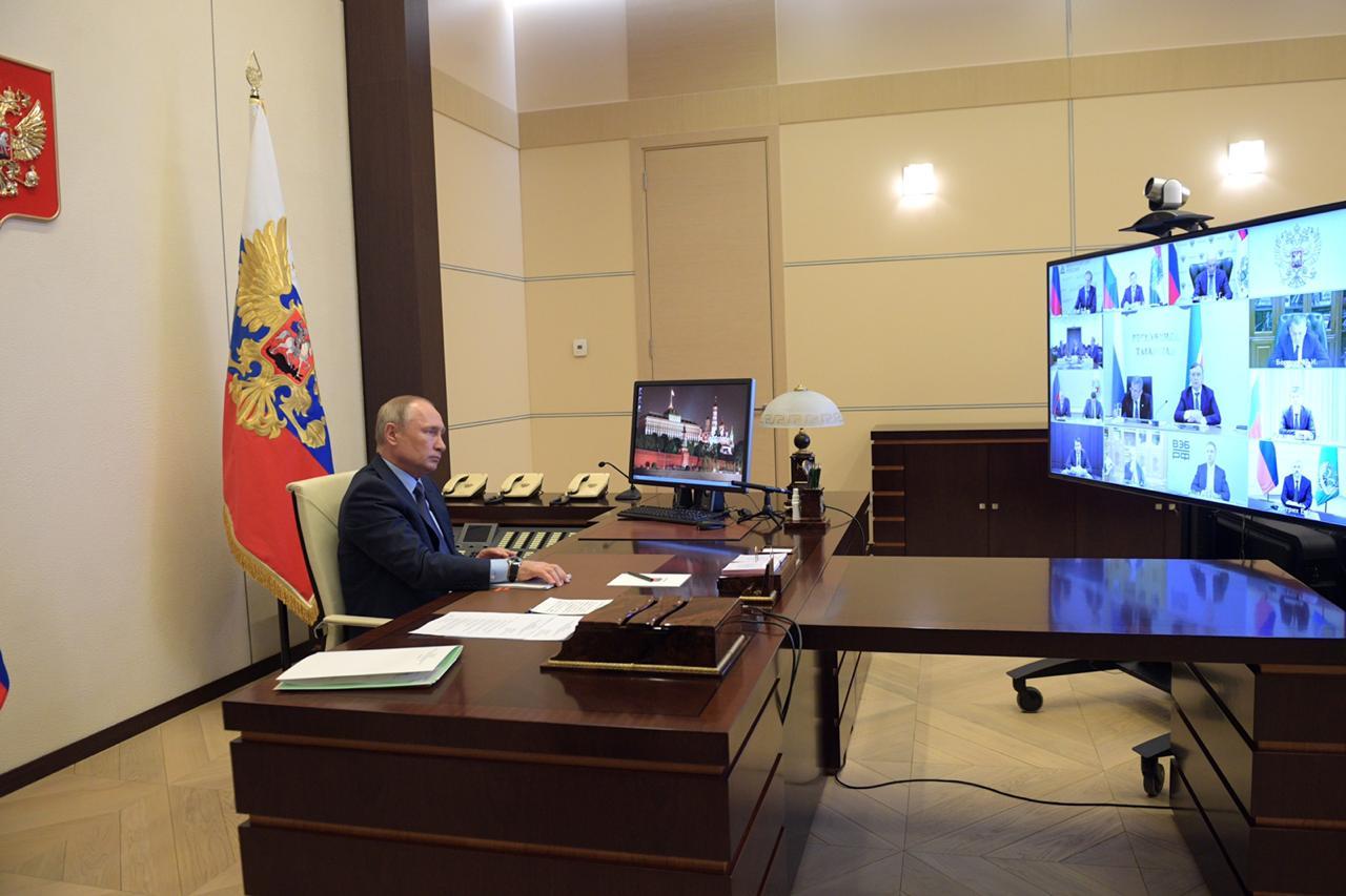 Дмитрий Азаров обратился к Владимиру Путину с предложением по поддержке коллектива АВТОВАЗа