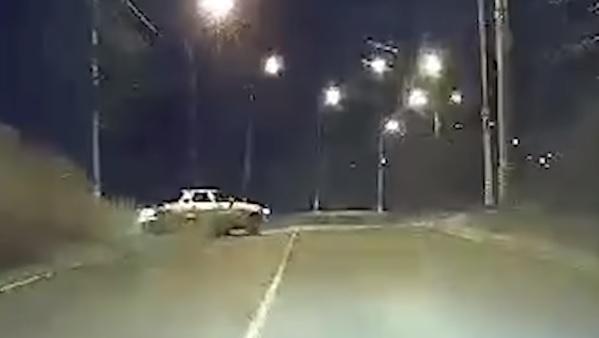 Устроил погоню: На видео попал момент ДТП с погибшим водителем в Тольятти