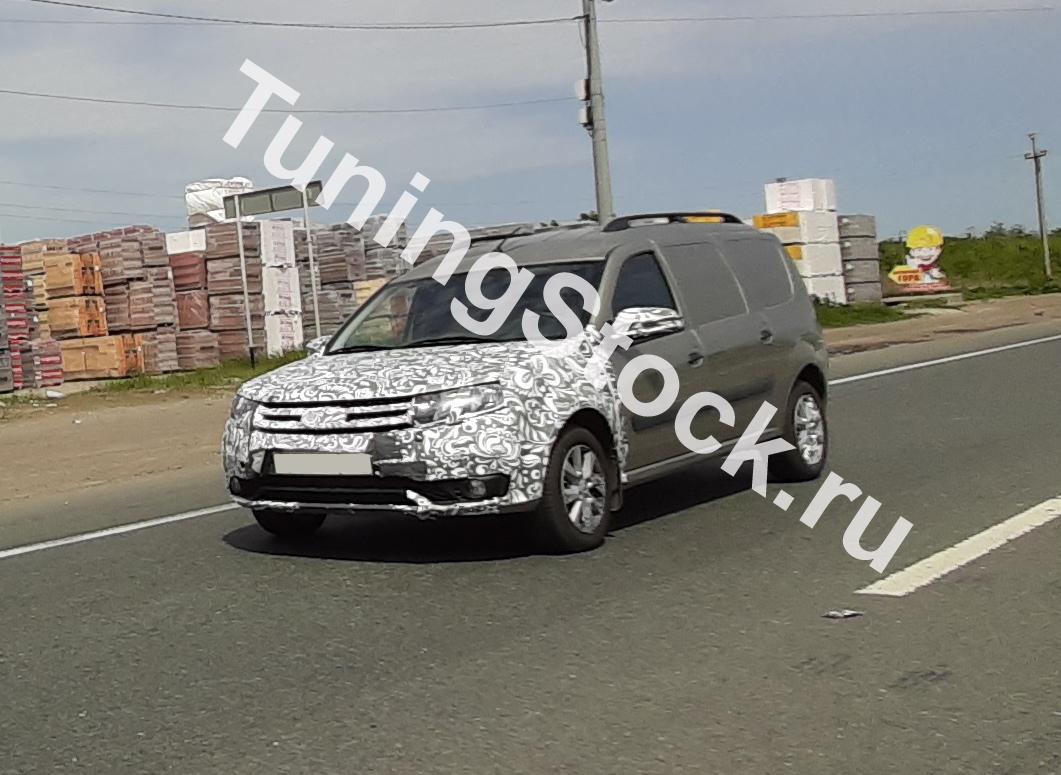 Обновленный Lada Largus засняли на улицах Тольятти