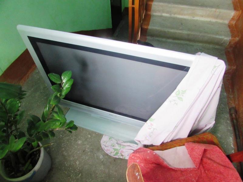 Под Тольятти мужчина пришел в гости и украл телевизор