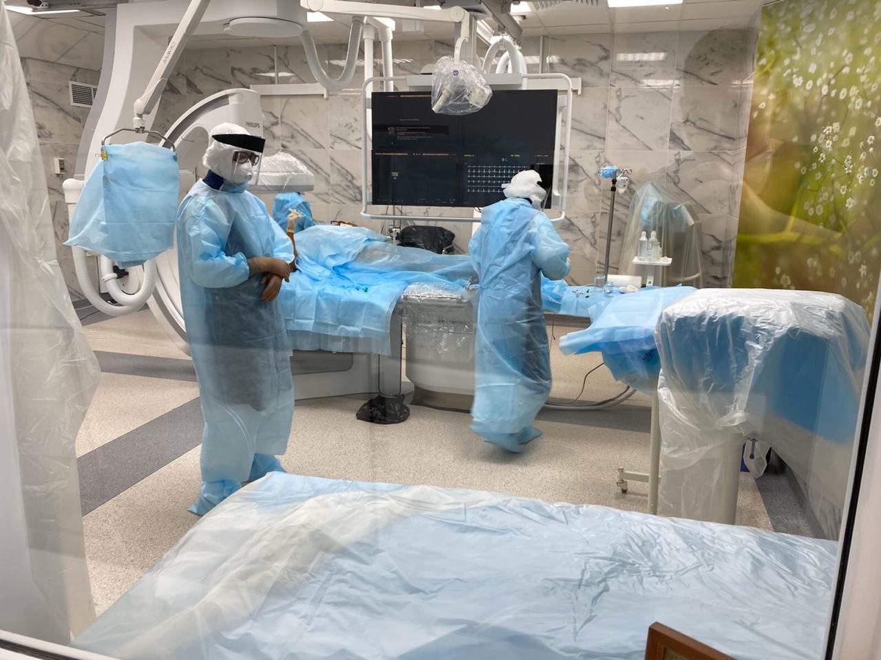 Тольяттинские врачи сделали операцию на сердце пациенту с коронавирусом