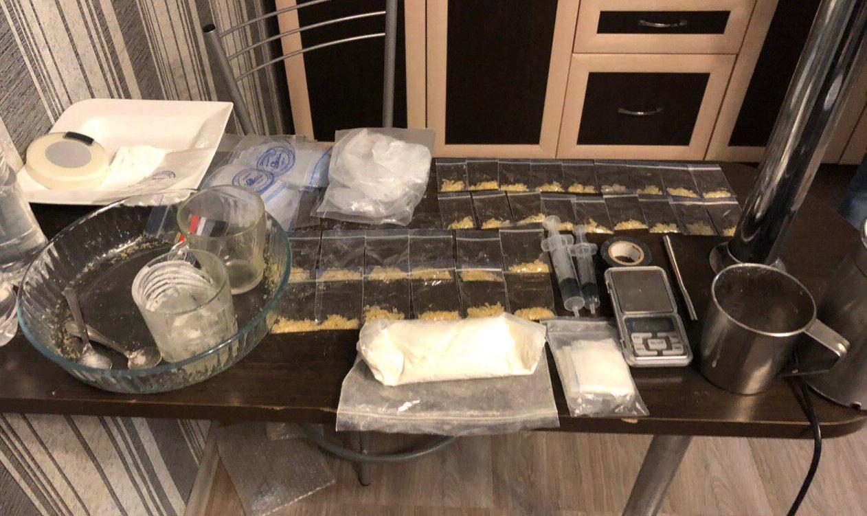 В Тольятти муж и жена устроили нарколабораторию