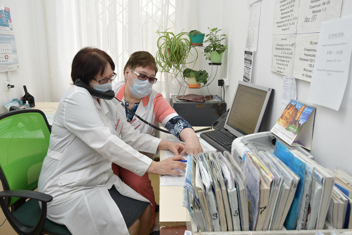 В Самарской области выплаты получат сотрудники «скорой» и первичного звена здравоохранения
