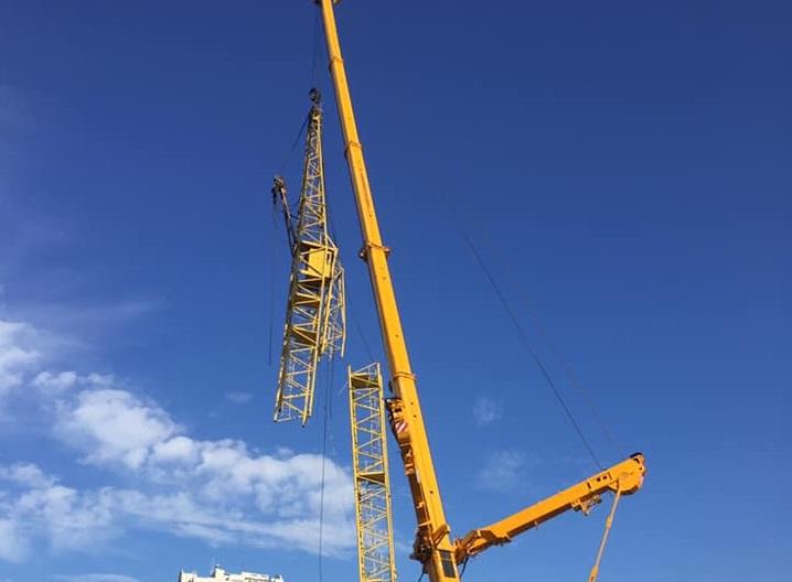 Тольяттинские спасатели показали демонтаж 60-метрового крана