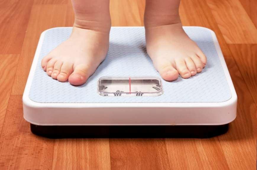 Ученые выяснили, почему некоторые люди много едят и не толстеют