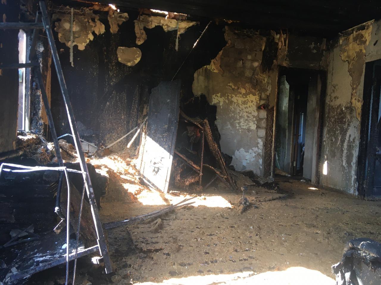 Ночью в Тольятти сгорел частный дом