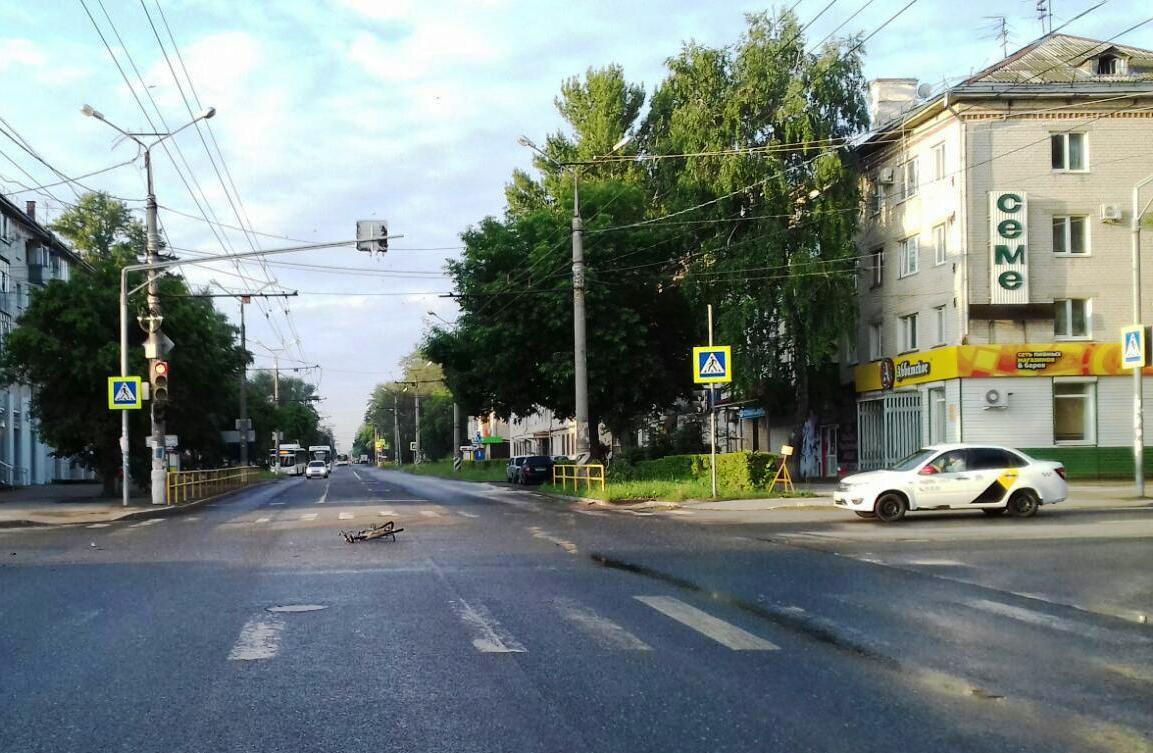 В Тольятти велосипедист не пропустил машину и получил травмы