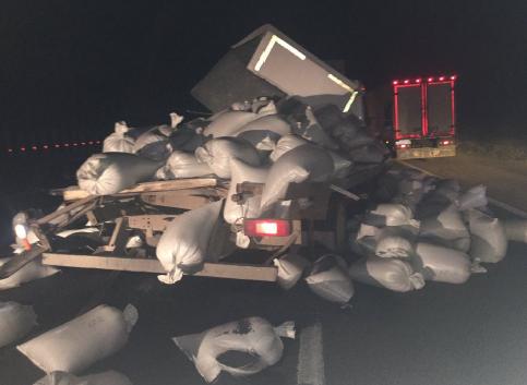 В Самарской области авария с 3 грузовиками, пострадали люди
