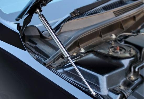 Газовые амортизаторы для крышки капота: принцип работы, преимущества