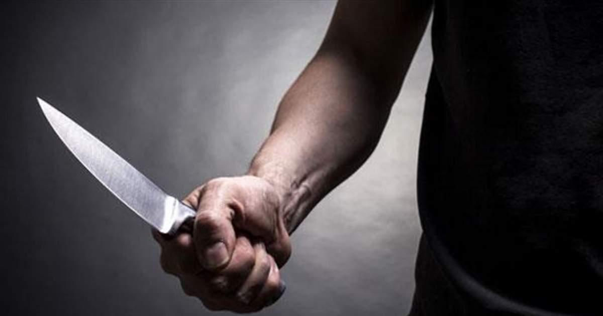 В Тольятти водитель устроил погоню и угрожал полицейским ножом