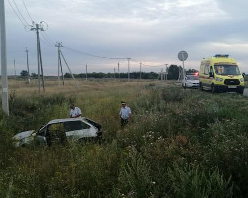 Под Тольятти на трассе машина улетела в кювет, погиб водитель