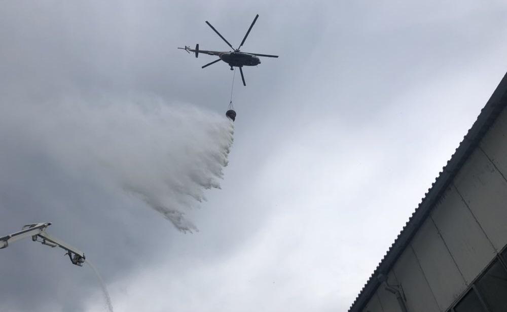 Пожар на складе с краской в Самаре полностью потушат к концу дня