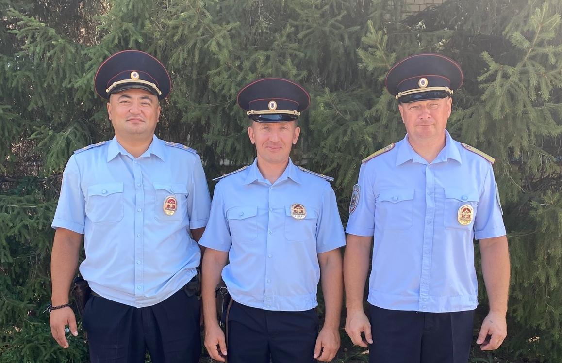 В Самарской области полицейские остановили поножовщину и спасли человека