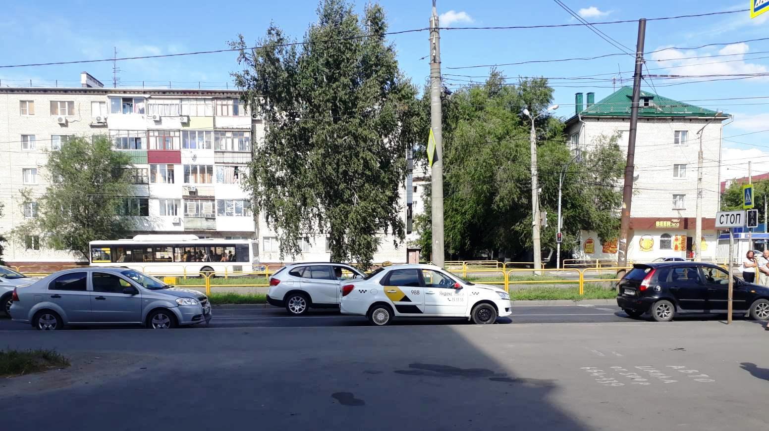 В Тольятти ребенок пострадал в аварии трех машин
