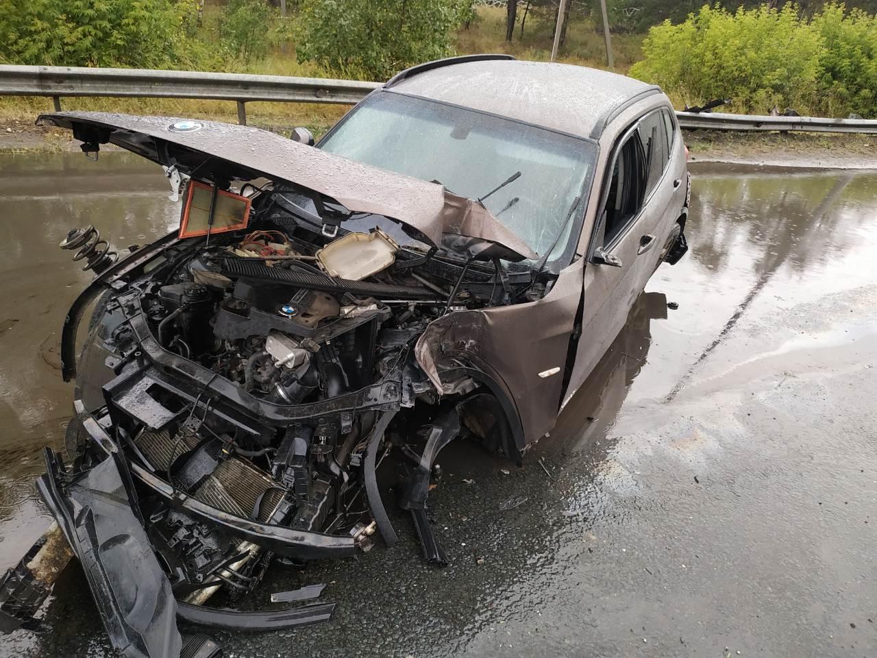 В Тольятти два престижных «немца» попали в серьезные аварии