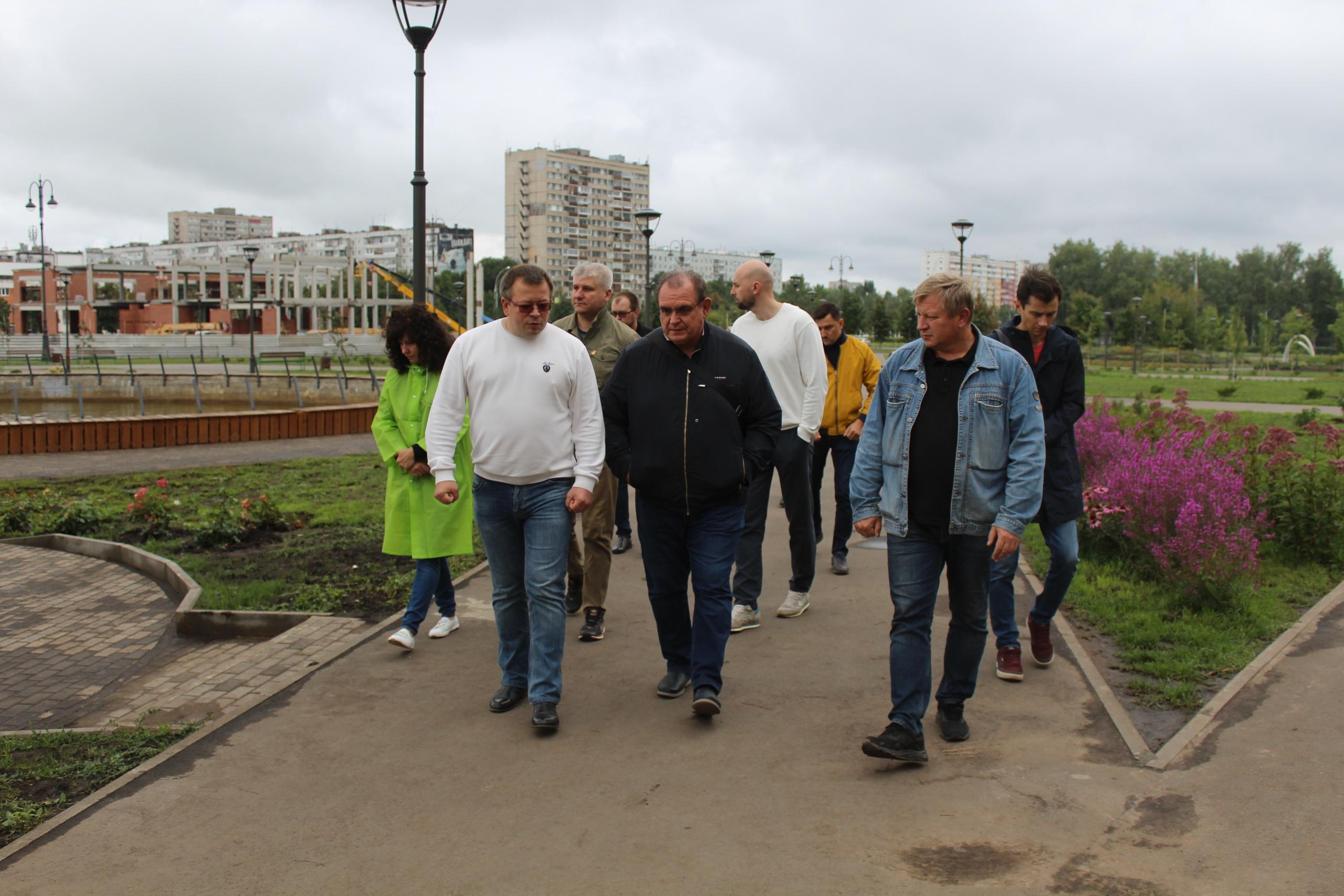 В Тольятти попытаются залатать новые скверы