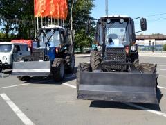 Лесники Тольятти получили новые трактора и культиваторы
