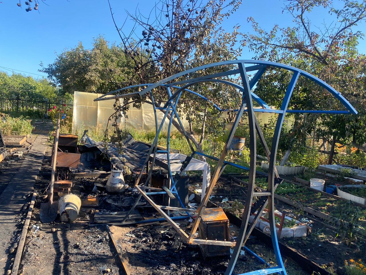 В Самарской области на даче сгорели мать и трое детей