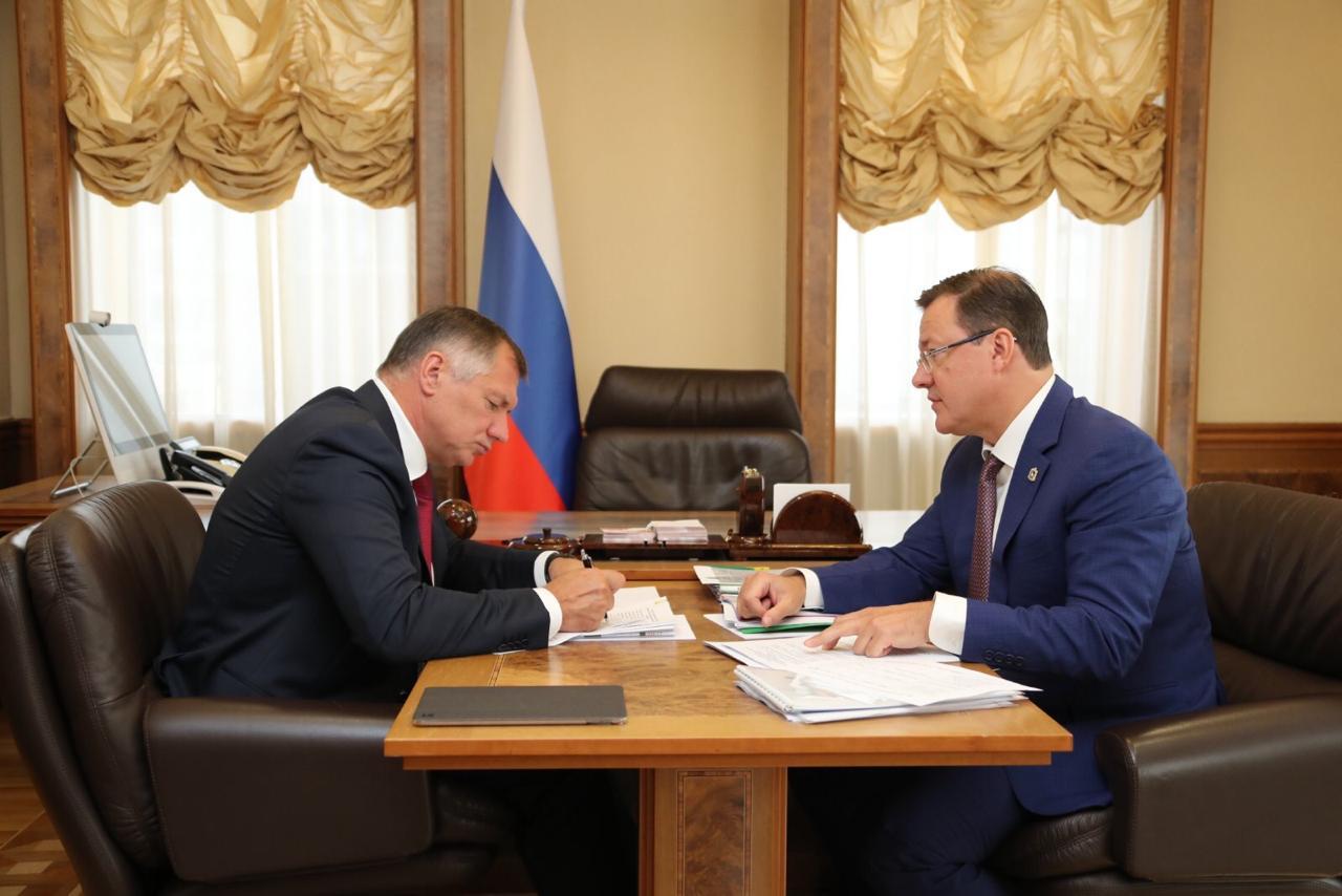 Дмитрий Азаров и Марат Хуснуллин обсудили вопросы жилищного и дорожного строительства