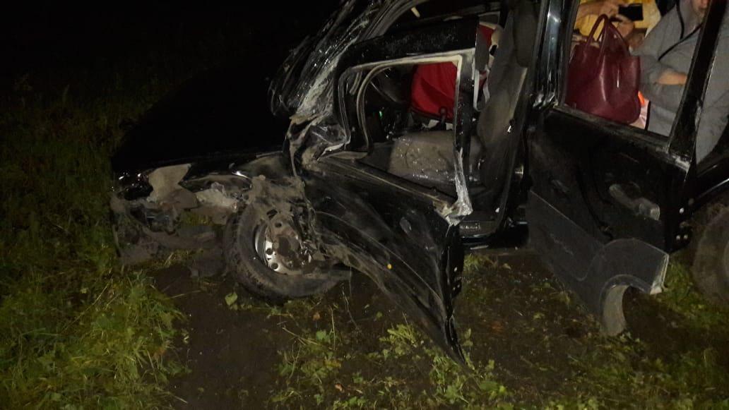 Машина с младенцем попала под грузовик на М-5 в Самарской области