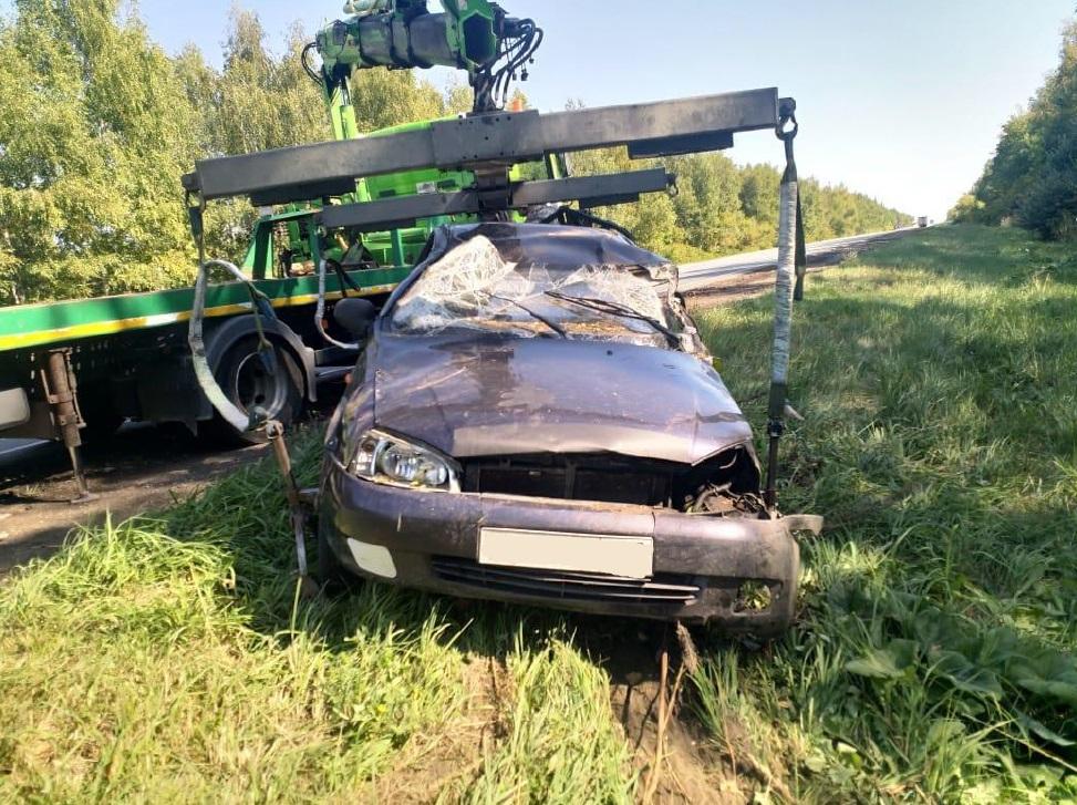 В Самарской области на трассе М-5 три машины вылетели в кювет
