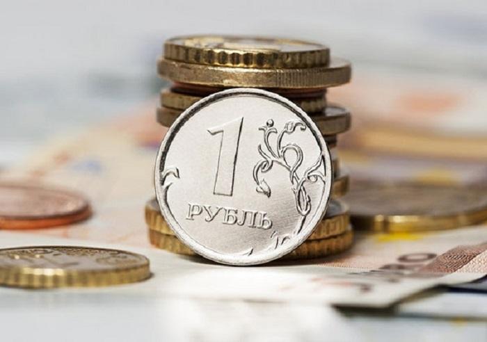 Курс евро поднялся выше 91 руб. впервые с 2016 года