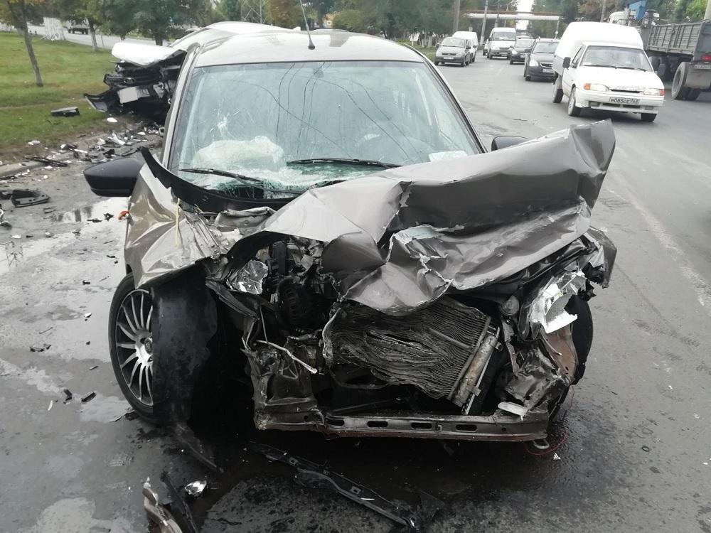 В полиции сообщили подробности жесткой аварии в Тольятти