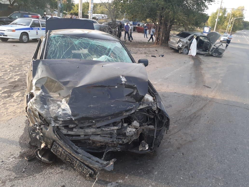 В Тольятти 80-летний водитель устроил аварию, в которой погиб человек