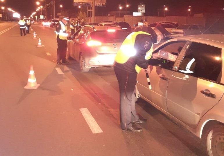 За один рейд в Тольятти выявили 4 пьяных водителей и одного с наркотиками