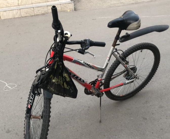 В Тольятти водитель сбил велосипедистку и скрылся