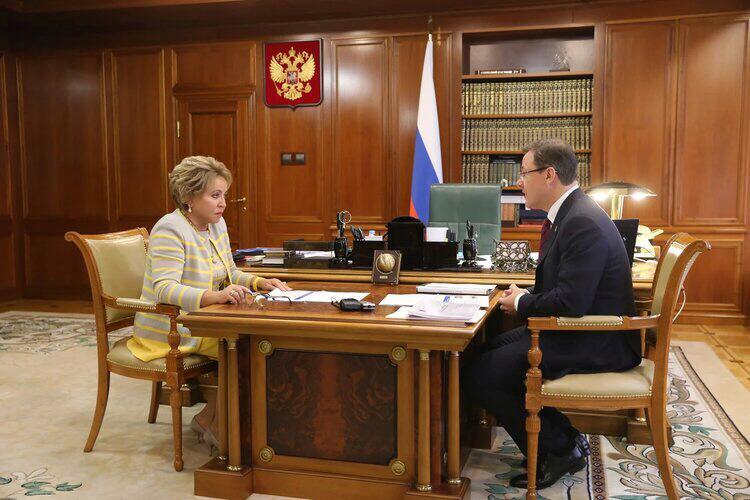 Азаров и Матвиенко обсудили развитие Самарской области