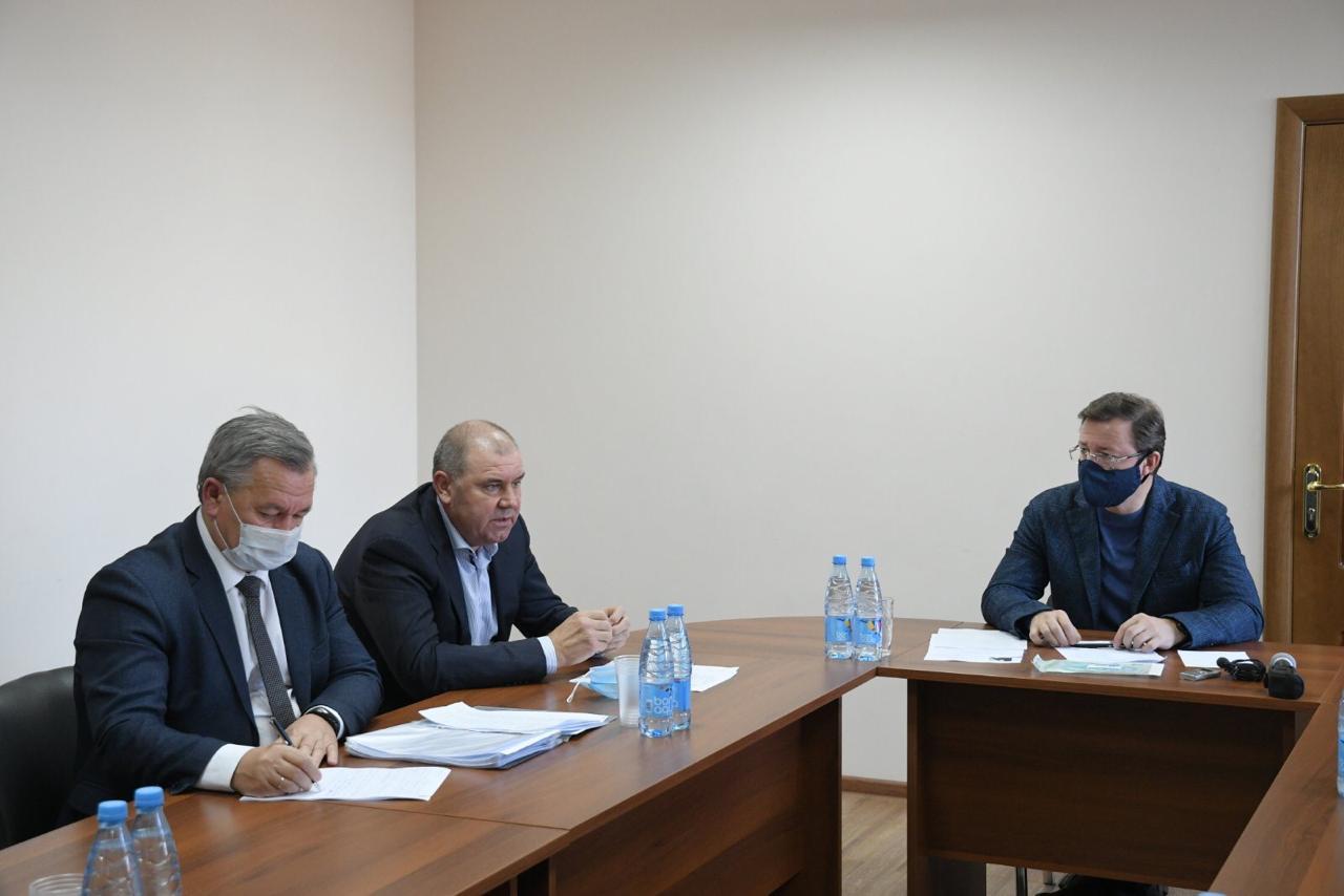 Дмитрий Азаров встретился с трудовым коллективом свиноводческого комплекса «Северный ключ»