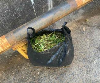 В Тольятти на улице задержали мужчину с мешком марихуаны
