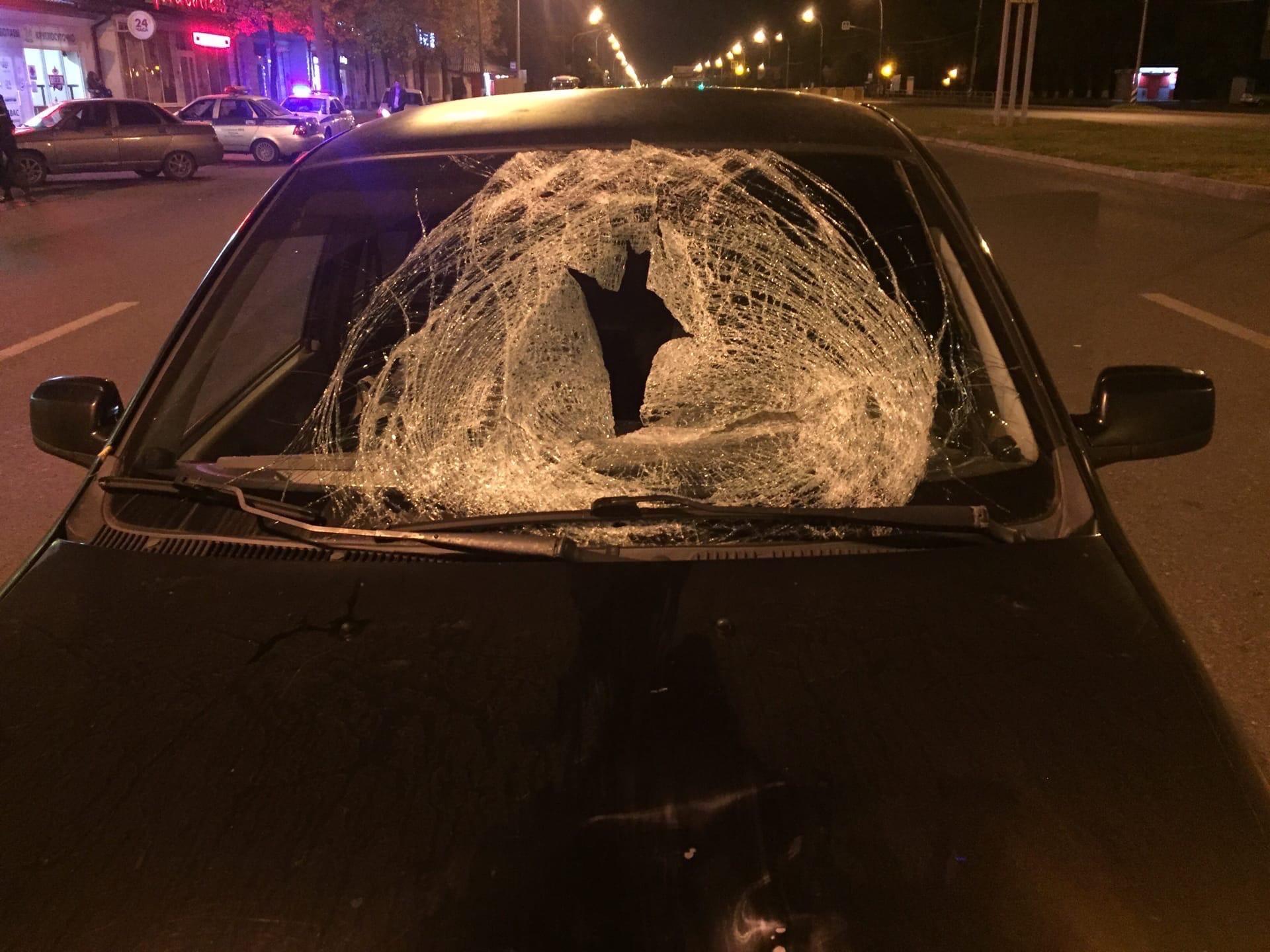 Пробил лобовое: В Тольятти сбили насмерть пешехода