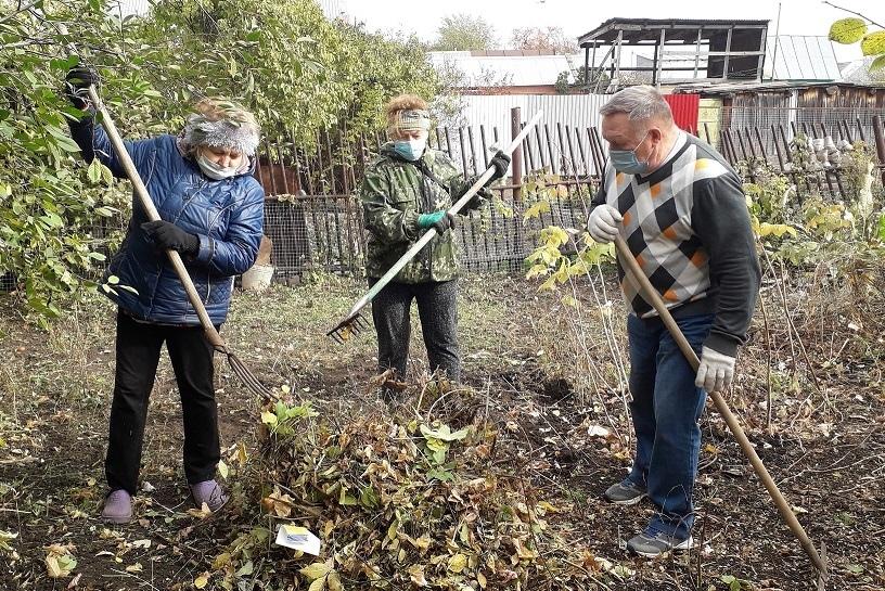 «Помочь не так сложно»: в Самарской области работают «серебряные» волонтеры