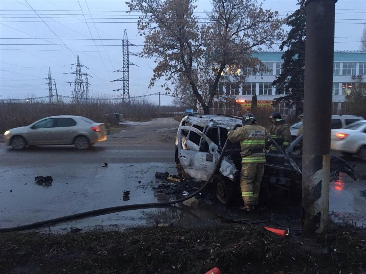 В Тольятти пострадал водитель загоревшегося «Ларгуса»