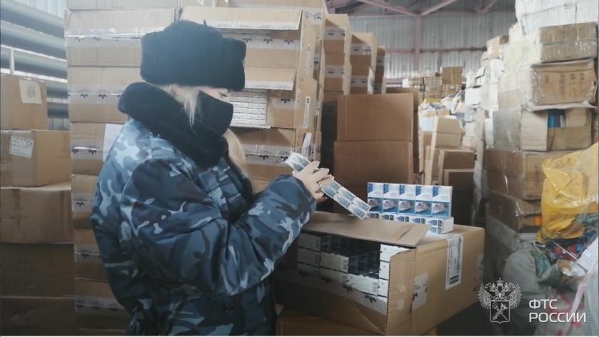 В Самарской области остановили контрабанду сигарет под видом чая