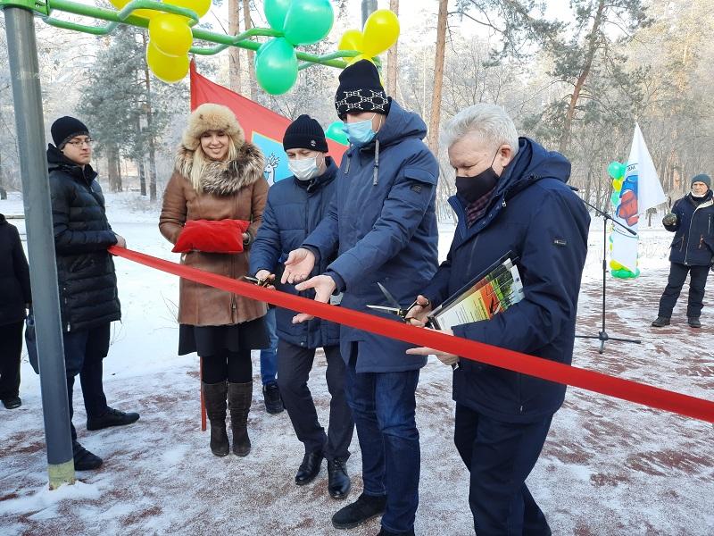 Для тольяттинцев открылись две новые спортплощадки