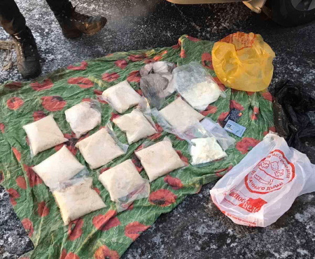 В Самарской области на М-5 остановили автомобиль с 6 кг наркотиков