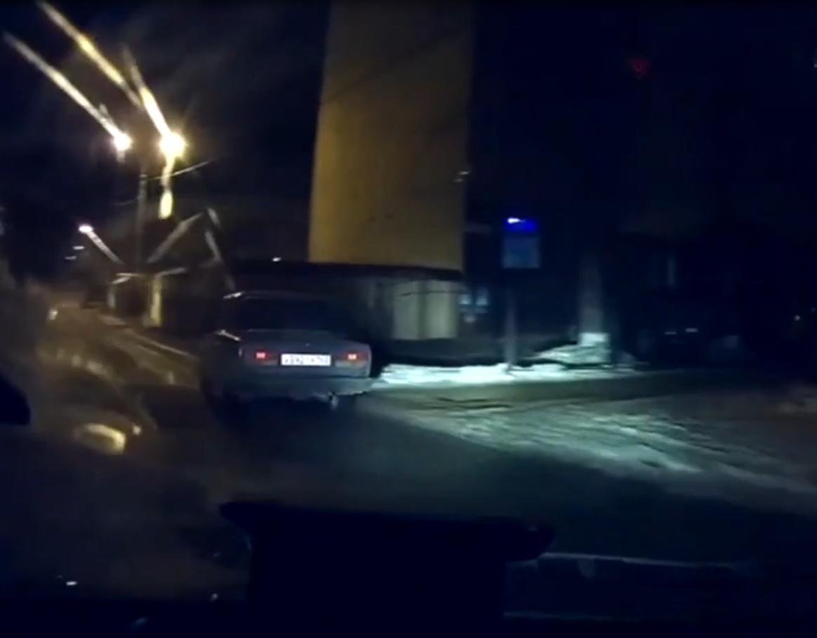 В Тольятти водитель без прав пытался удрать от полиции