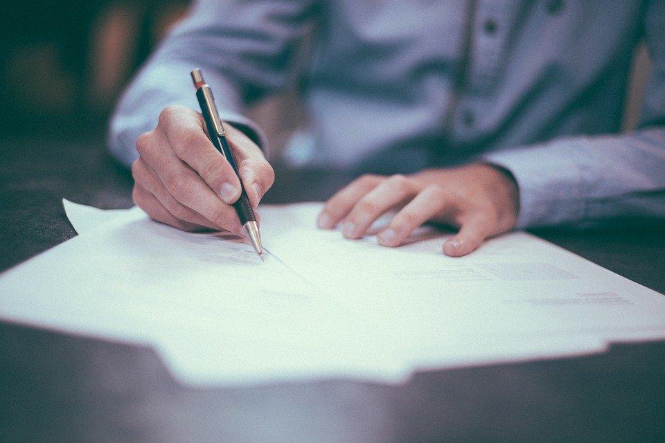 В Тольятти фирма заключила трудовые договоры с работниками после вмешательства прокуратуры