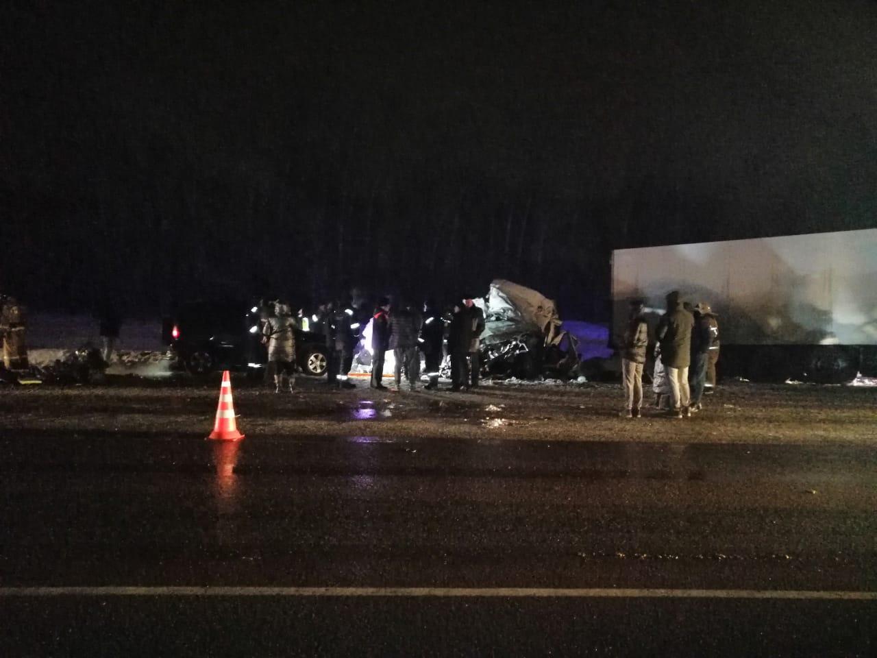 Названа предварительная причина аварии с микроавтобусом в Самарской области