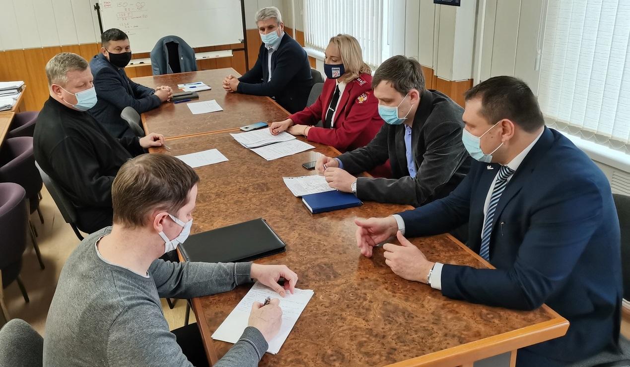 В Тольятти из-за вонючей воды проверяют 12 управляющих компаний