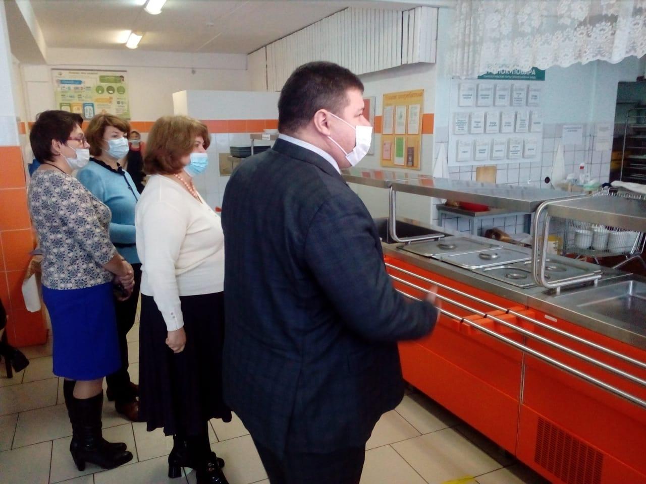 В Тольятти заработала школа, в которой отравились дети