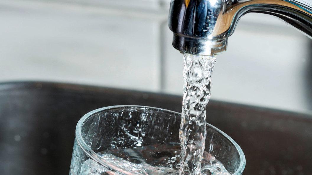 В Тольятти жители и предприятия должны за воду 407 миллионов рублей